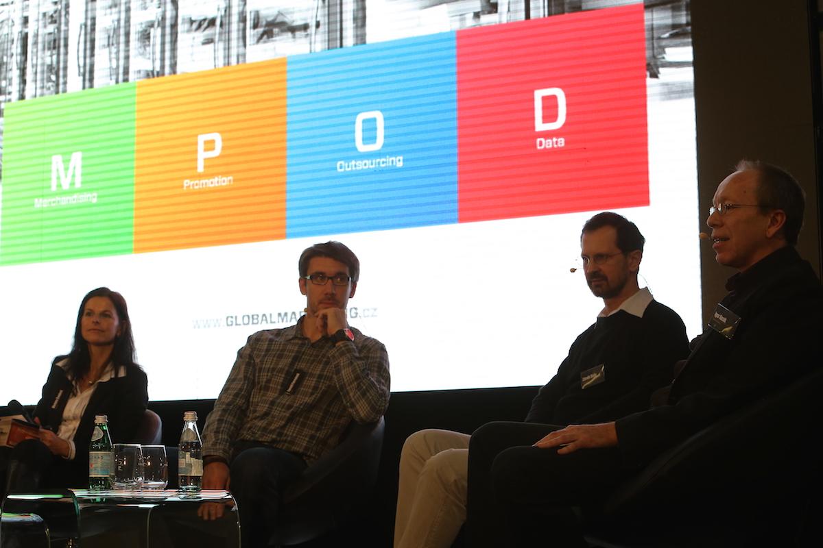 Zloňské diskuse o datech na konferenci Život na hraně