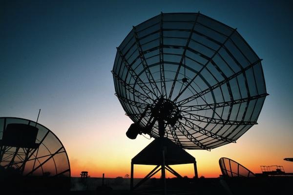 Radiokomunikace snížily roční ztrátu o 42 %