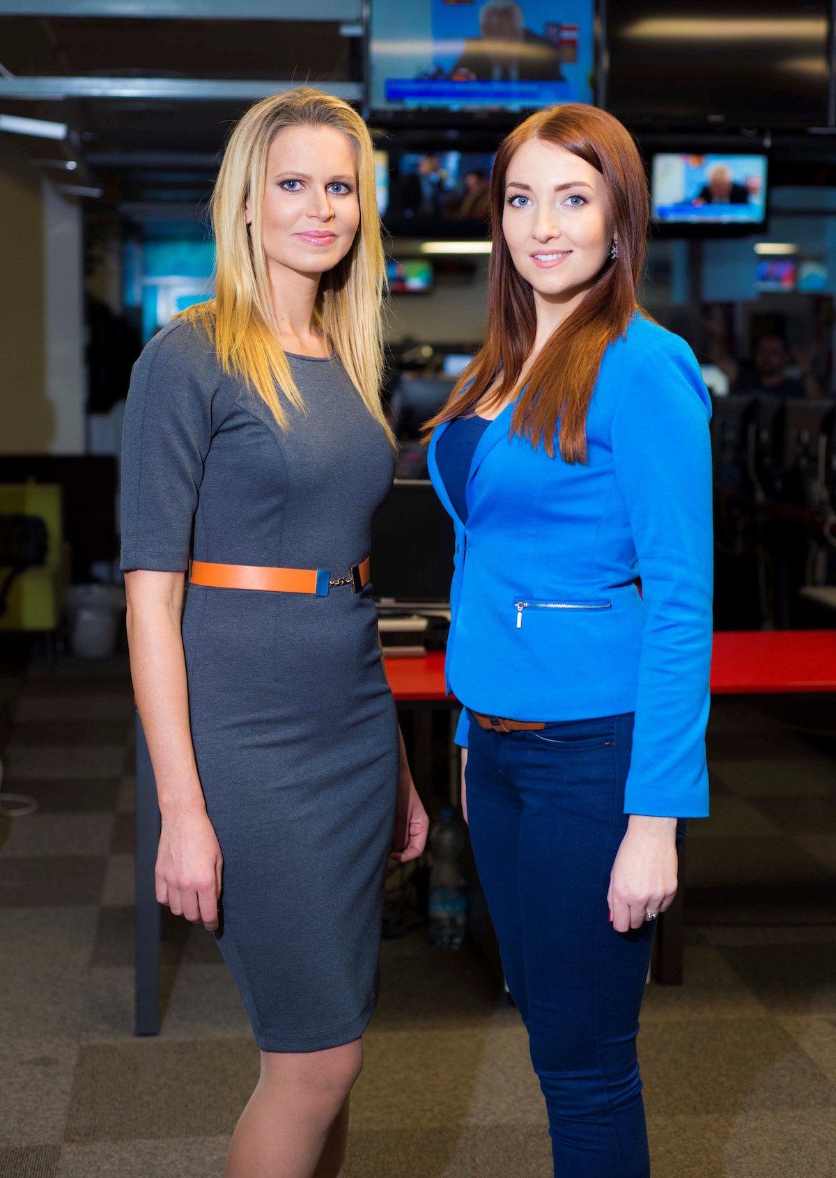 Reportérky Televizních novin Klára Brunclíková a Michaela Šmídová. Foto: TV Nova