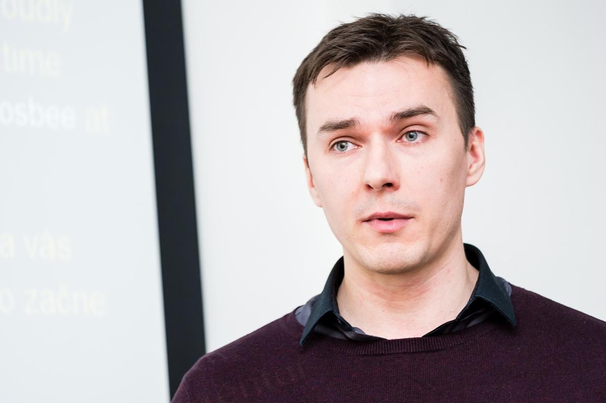 Šéf Newcastu David Pavel