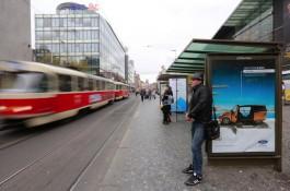 Soud: reklamu na tramvajích ať zatím dělá Rencar