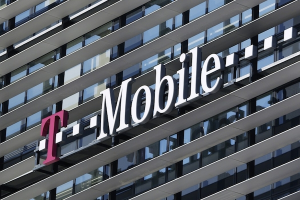 Made by Vaculik pro T-Mobile a Slovak Telecom