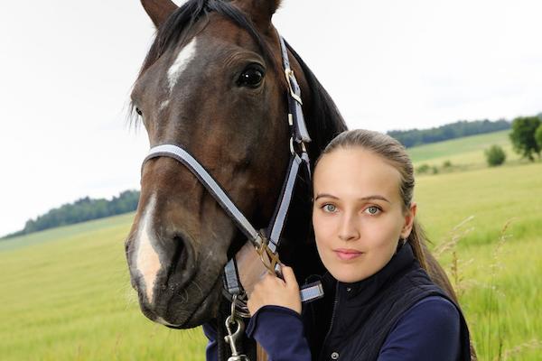 Hlavní roli má i v 2. řadě Znamení koně Tereza Voříšková. Foto: ČT