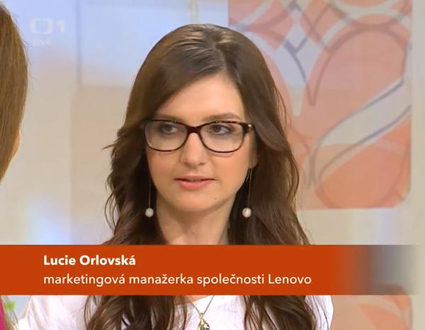 Marketingová ředitelka Lucie Orlovská v pořadu ČT Sama doma