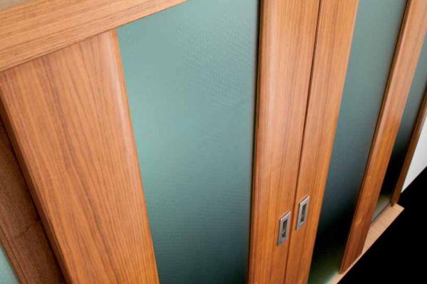 FleishmanHillard dělá pro výrobce dveří Sapeli