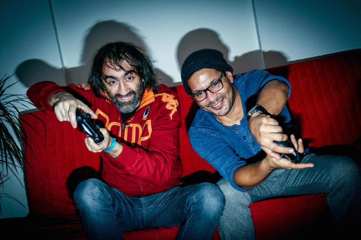 Hrajeme s Alim: Jakub Kohák (vlevo) a Tomáš Zvelebil alias Ali. Foto: TV Prima