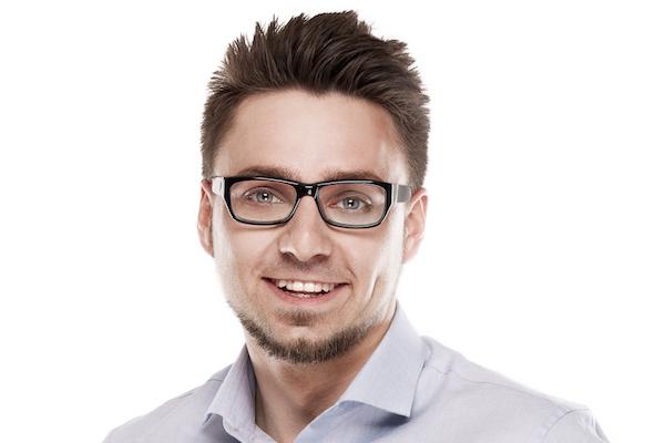 Šíma v RobertNemec.com postoupil do vedení