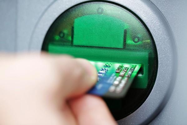 MasterCard sáhl po Best Communications
