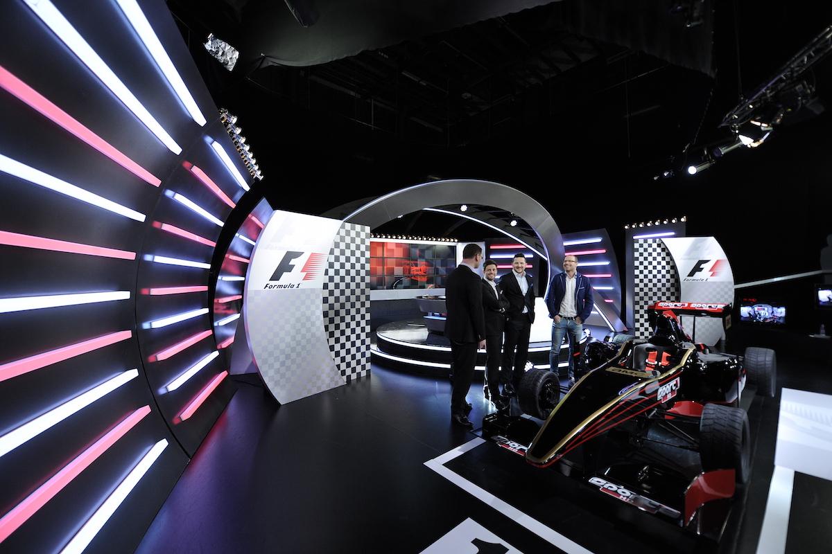 Provozovatel sportovních kanálů připravil pro závody formulí nové studio. Foto: AMC