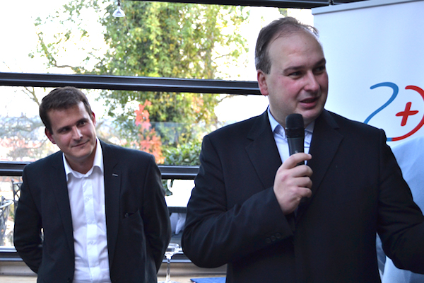 Petr Dimun a Ivo Hartmann při loňském křtu Zdravotnického deníku