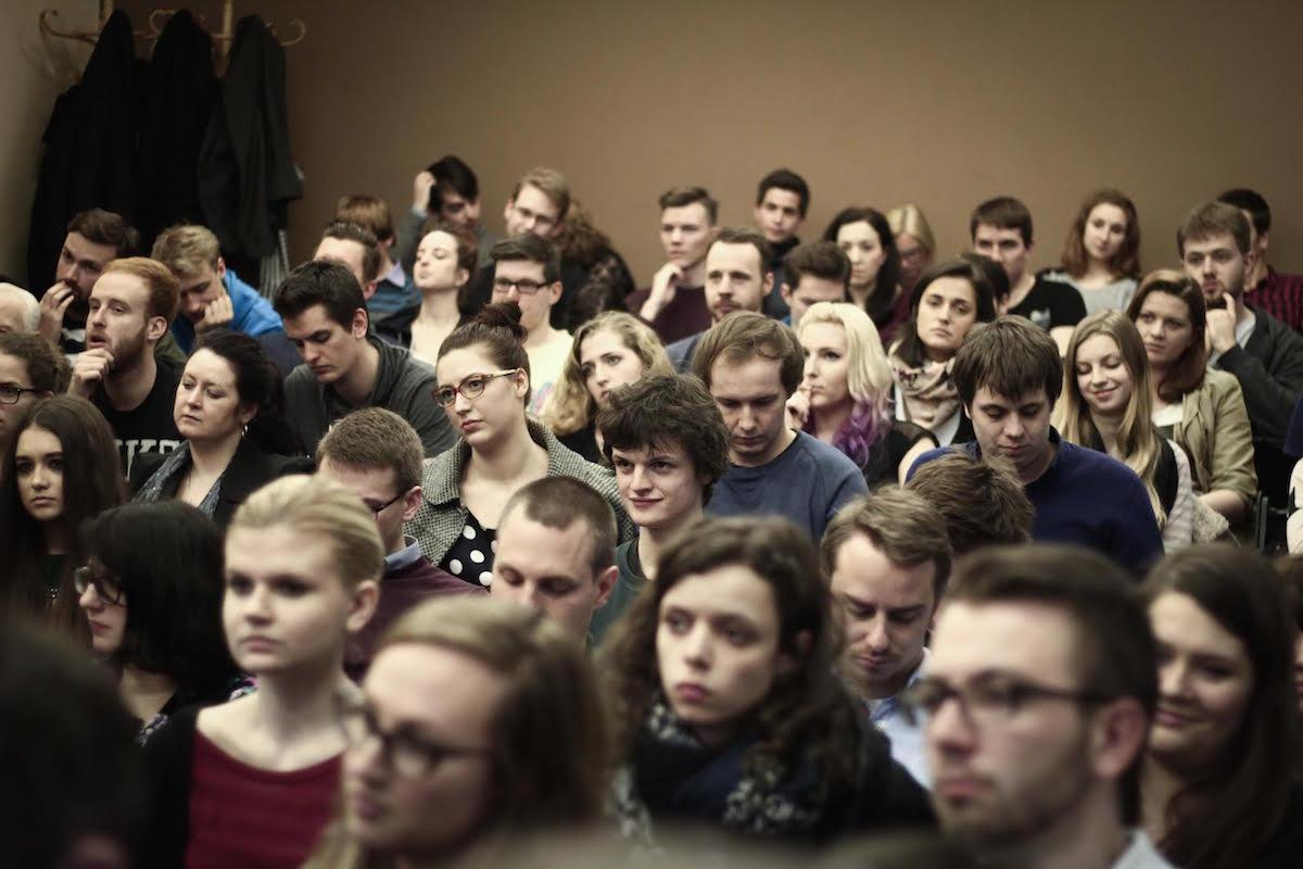 Návštěvníci mediálních rozprav v učebně 215 na pražském Hollaru. Foto: Kateřina Písačková