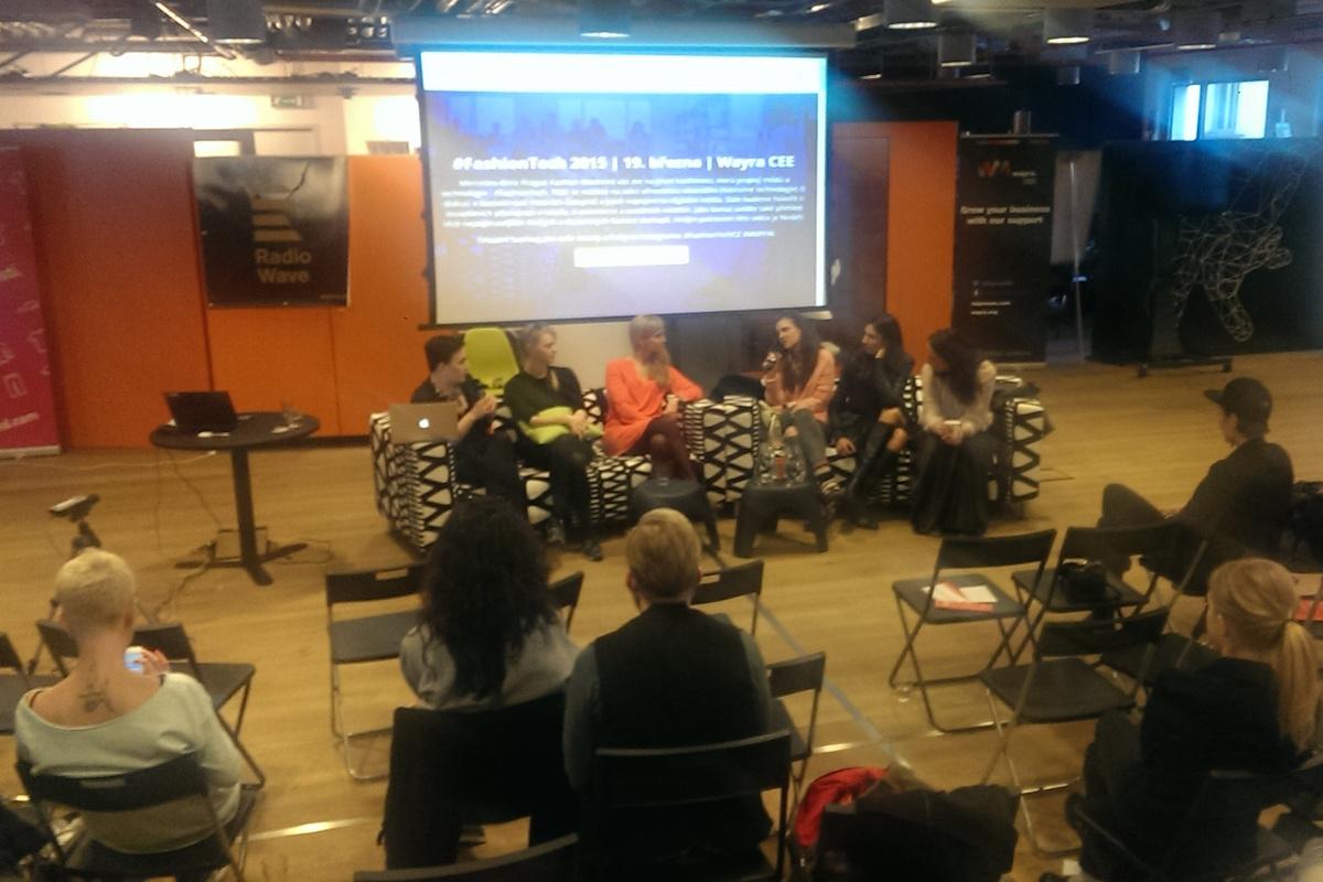 Ženy diskutovaly o módě a médiích dnes v pražské Wayře