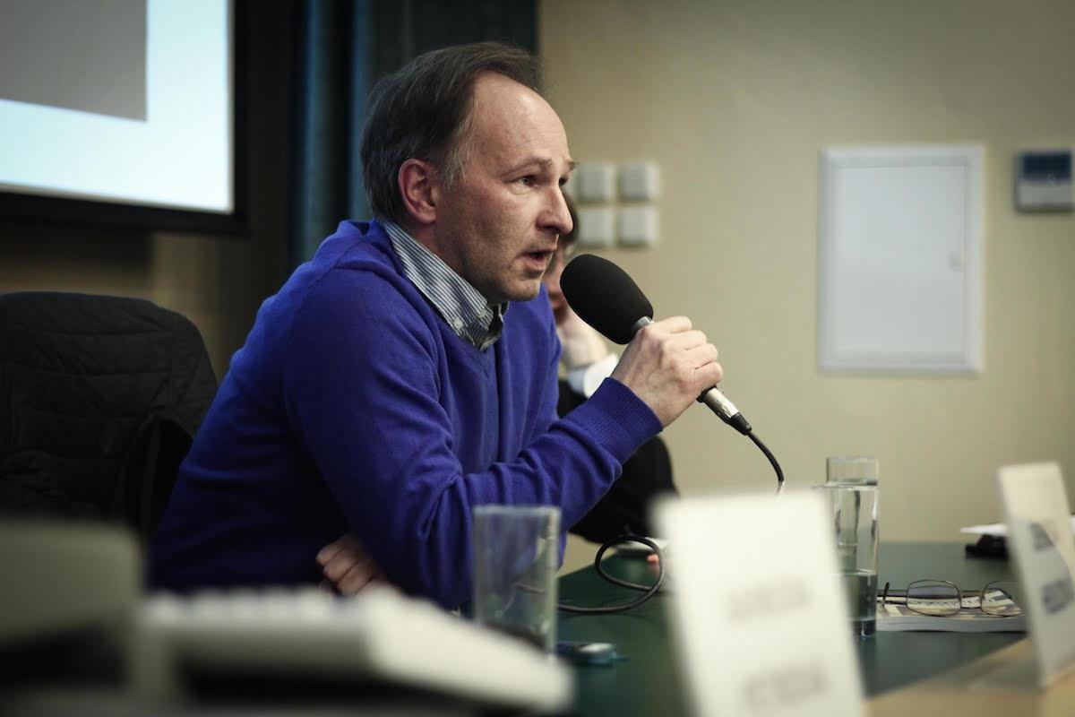 Marek Wollner při čtvrteční rozpravě na pražské žurnalistice. Foto: Kateřina Písačková
