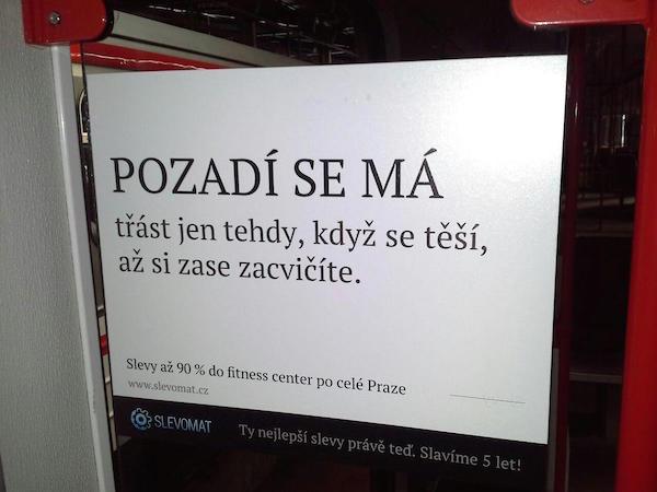 Textová kampaň Slevomatu v pražském metru