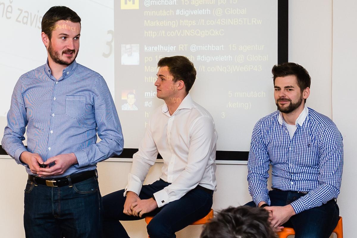 Tomáš Búřil (vlevo) s kolegy z agentury Adexpres na lednovém Digiveletrhu Médiáře