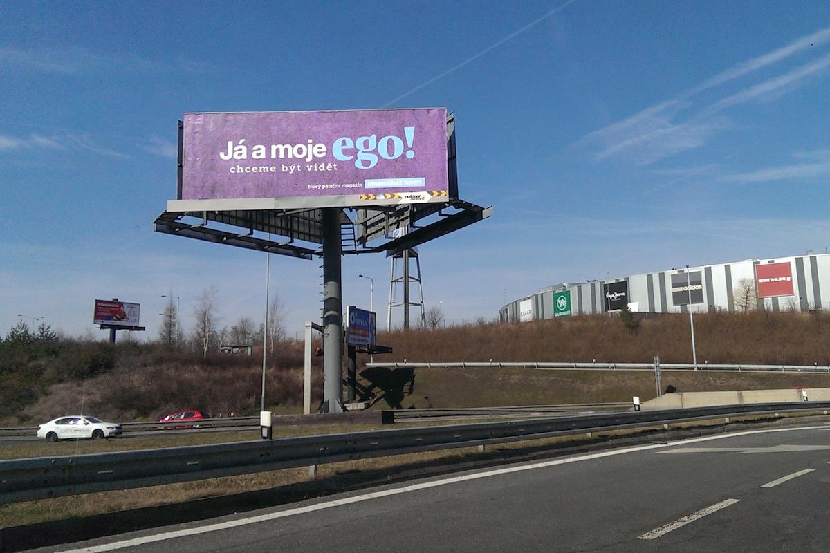 Venkovní reklama na Ego v pražských Štěrboholech
