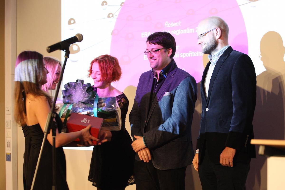 Tým agentury Dark Side oceněn za práci pro Poštovní spořitelnu, druhý zprava Tomáš Jindříšek. Foto: Martin Borovička