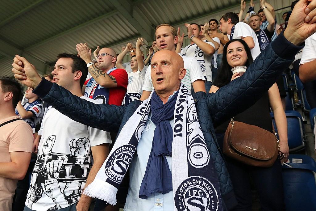 Ivo Valenta sponzoruje fotbalovou ligu a je známý také svým podílem v klubu 1. FC Slovácko. Repro: ivovalenta.cz