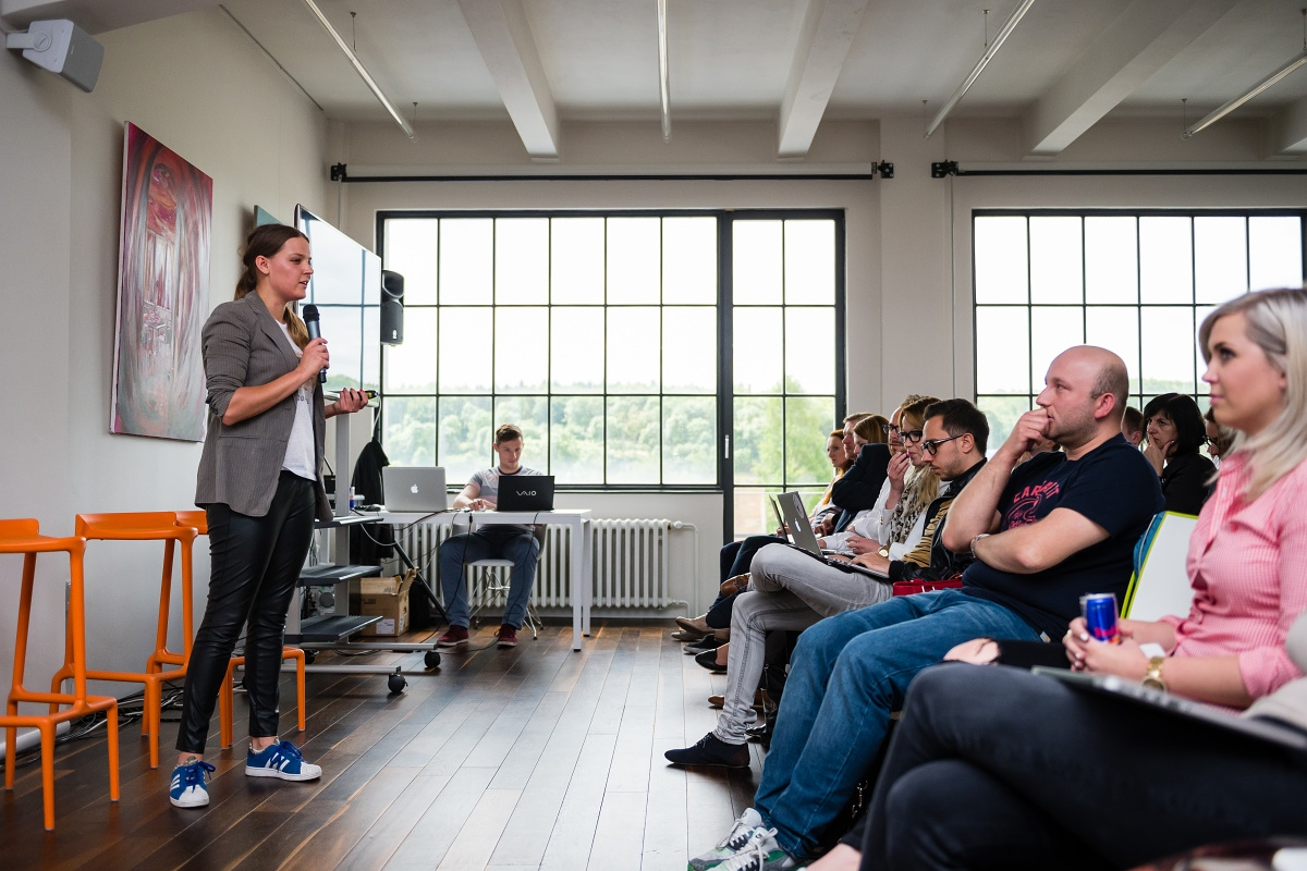 K prezentaci Jägermeisteru si Veronika Hromadová vzala kožené kalhoty
