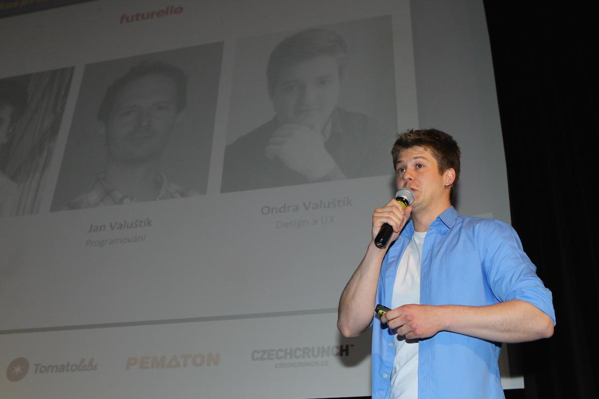 Futurello je nejnovějším dílem rodinného tria mužů Valuštíkových, prezentuje Jan