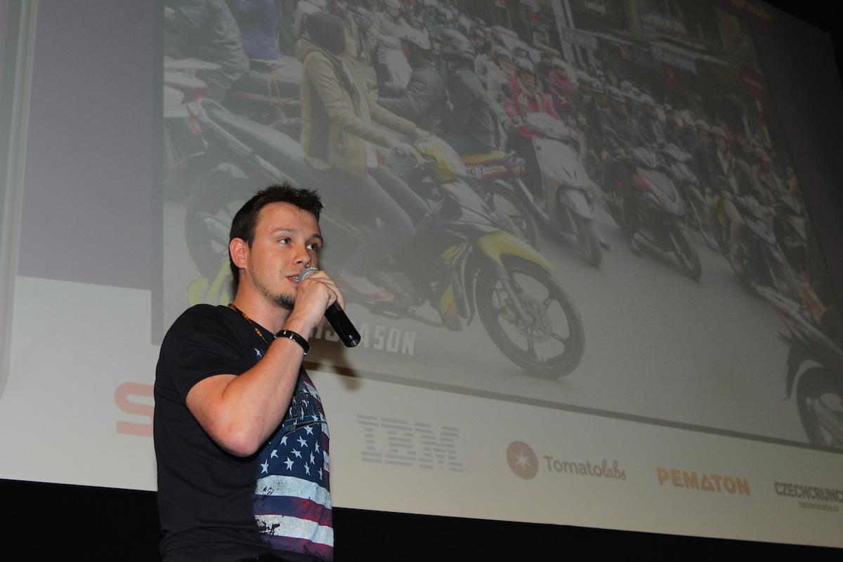 Bude tu samý motorkář nebo básník, předpověděl Tomáš Marcaník z Moto Season