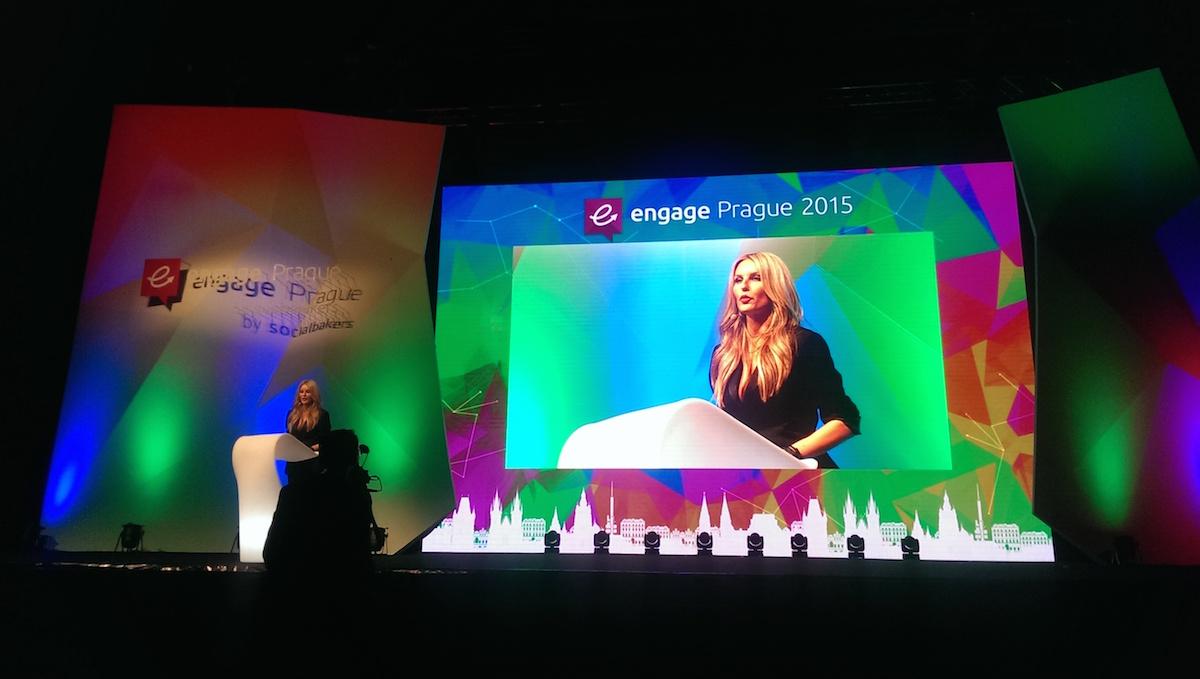 Engage Awards uváděla Simona Krainová