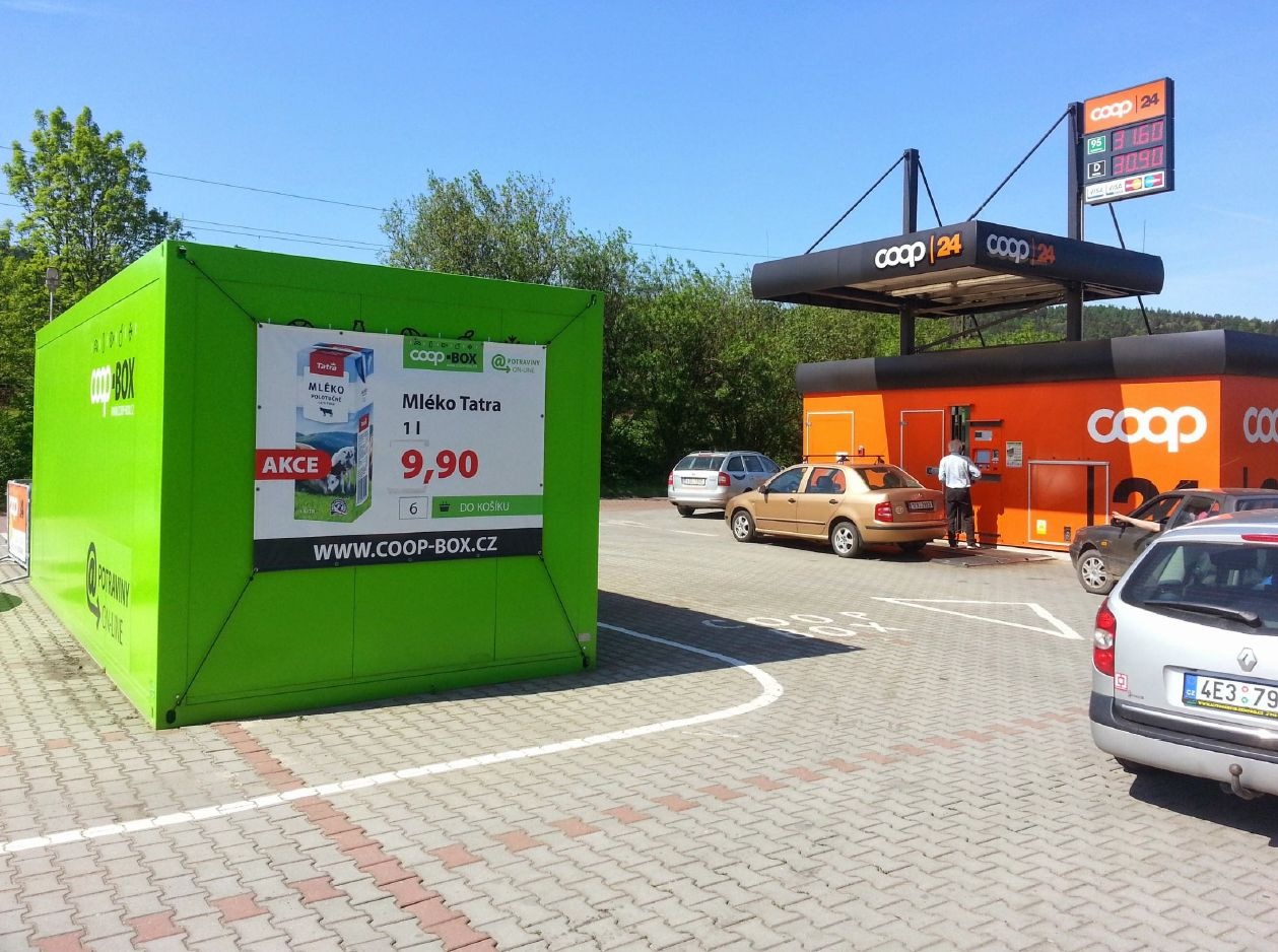 Výdejna Coop Boxu je hned u samoobslužné čerpací stanice Coop 24