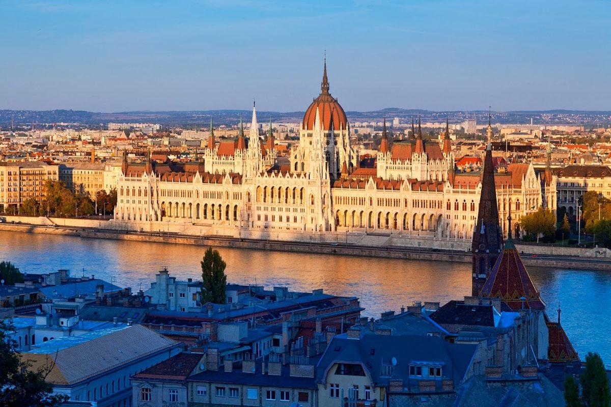 Maďarský parlament. Foto: Profimedia.cz