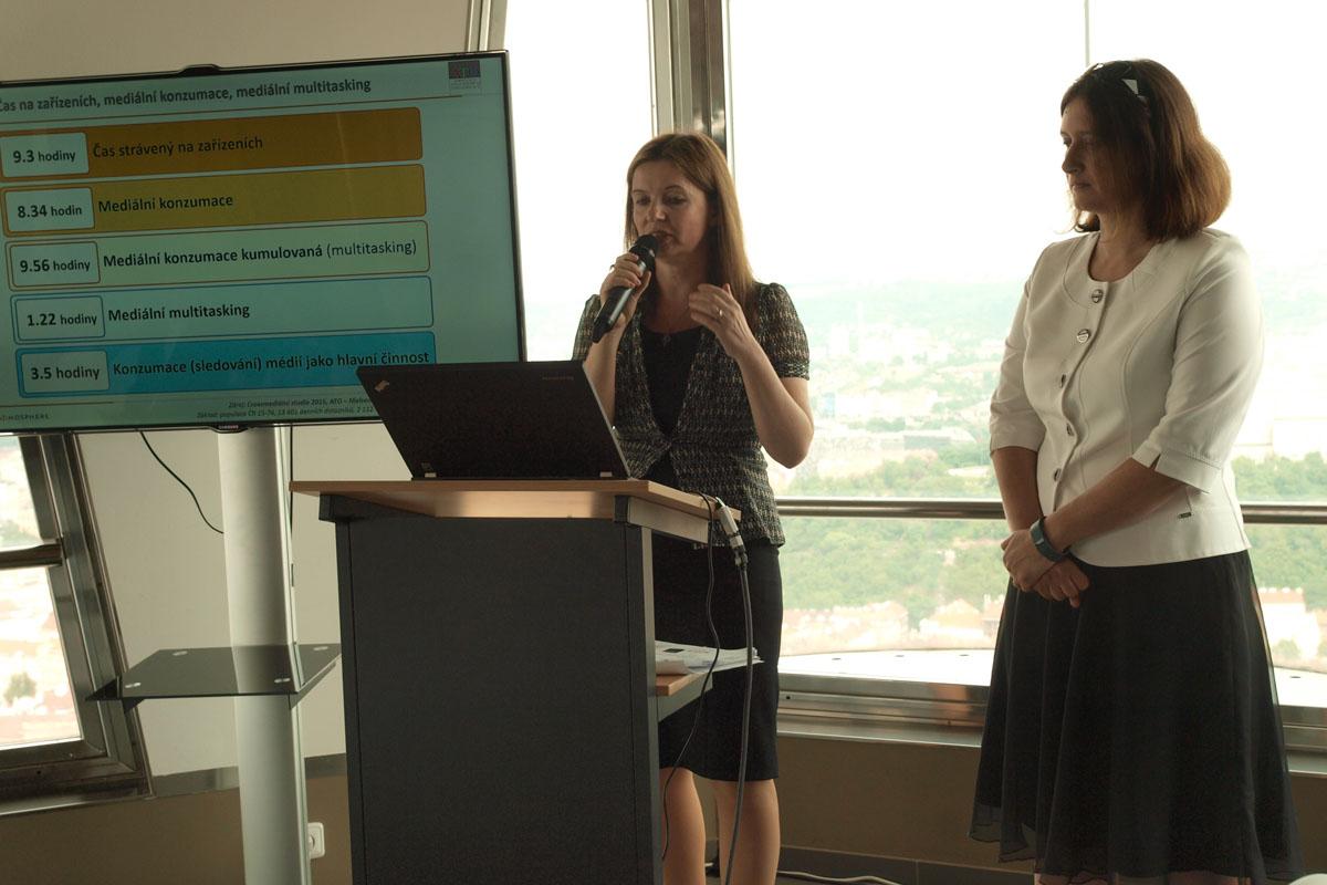 Hana Friedlaenderová a Tereza Šimečková z Nielsen Admosphere představily novou studii.