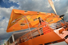Aperol má bar na lodi u náplavky a zase letní kino