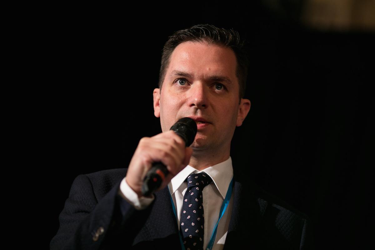 Václav Friedmann vede komunikaci Sazky od srpna 2013, v roce 2014 s kolegy uvedl obsahový portál Sazka Svět