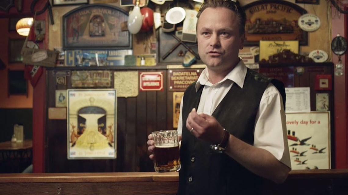 Lidé se v kampani předsvědčeně vyjadřovali o fiktivním novém pivu