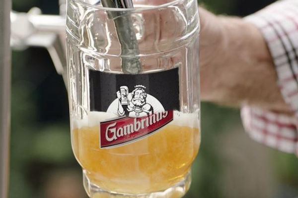 Gambrinus zkusil fintu, vydával se za minipivovar Patron