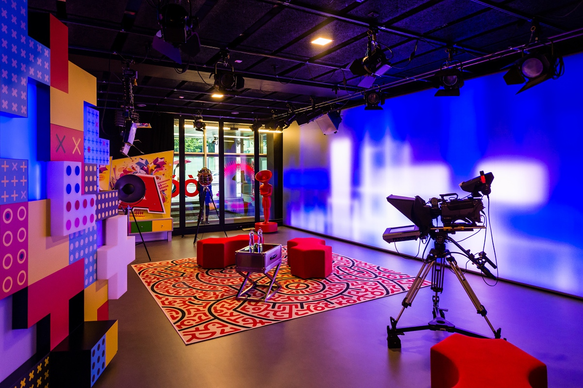 Interiér nového studia televize Óčko. Foto: Vojta Herout