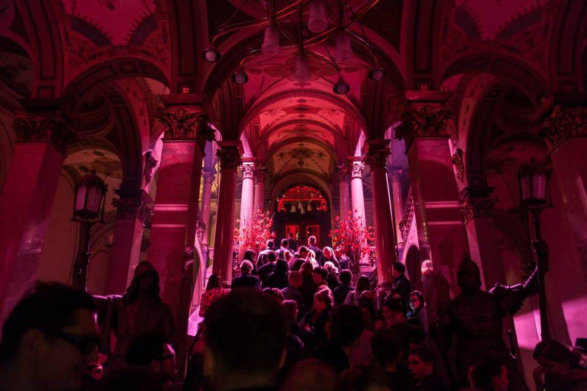 Loňský Mercedes-Benz Prague Fashion Weekend se konal v historickém centru Prahy