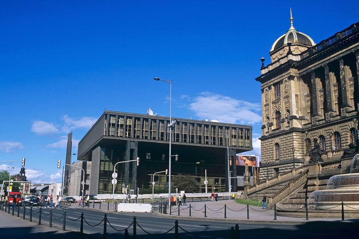 Valné shromáždění Evropské vysílací unie probíhá tento týden v nové budově Národního muzea, bývalém federálním shromáždění. Foto: Profimedia.cz