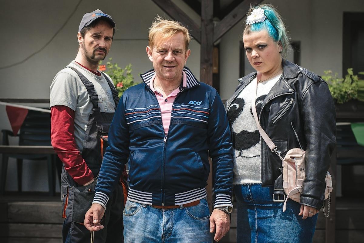 V hlavních rolích Autobazaru Monte Karlo se představili Jaroslav Plesl, Petr Čtvrtníček a Lucie Polišenská