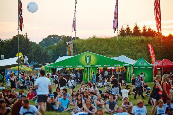 Hudební koncept je součástí celoroční komunikace pivovaru, ale v létě vrcholí