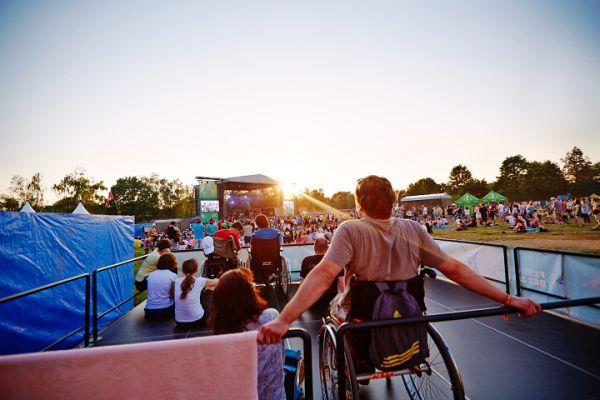 Důležitou aktivitou Staropramenu je projekt Festivaly bez zábran
