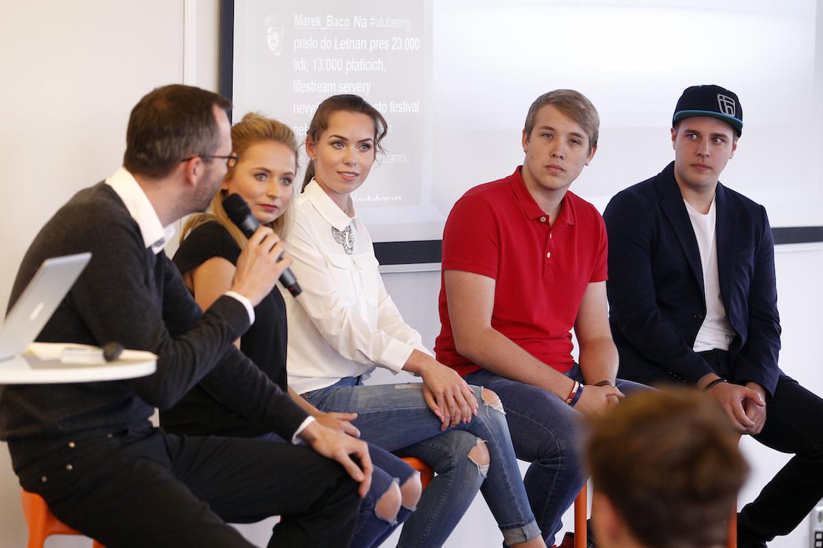 Diskuse s youtubery. Foto: Jiří Koťátko