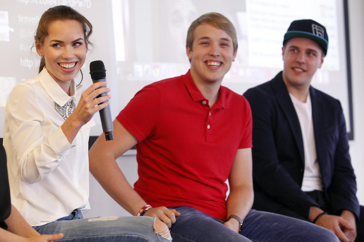 Diskuse s youtubery: zleva Petra Vančurová, Jakub Steklý, Jiří Král. Foto: Jiří Koťátko