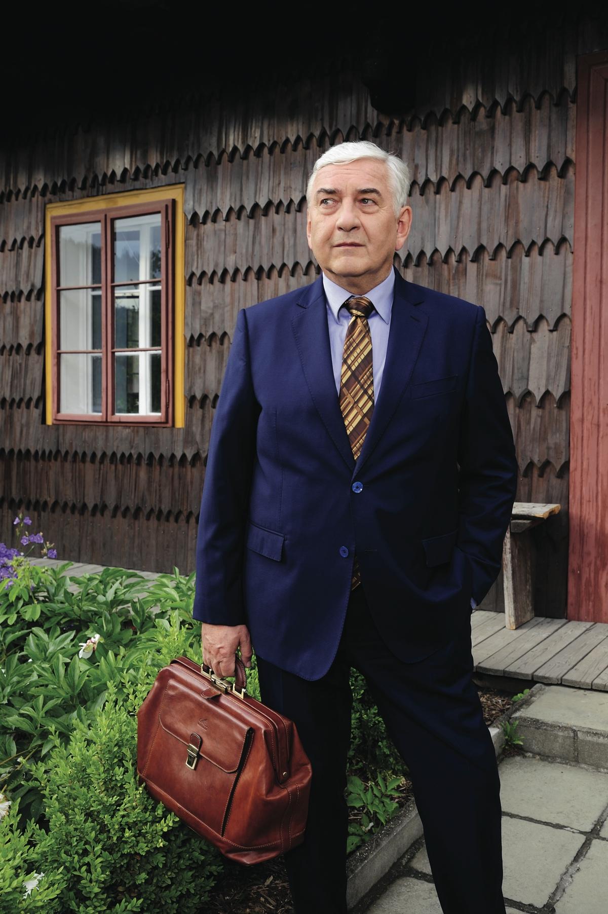 Miroslav Donuti jako doktor Martin. Foto: ČT