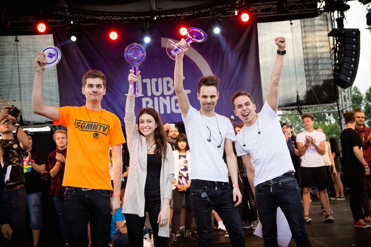 Držitelé prvních Utubering Awards: GoGo, Teri Blitzen a kapela Slza