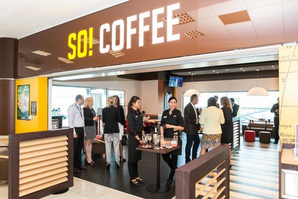 Pro kavárny So! Coffee na letišti pracuje A priori