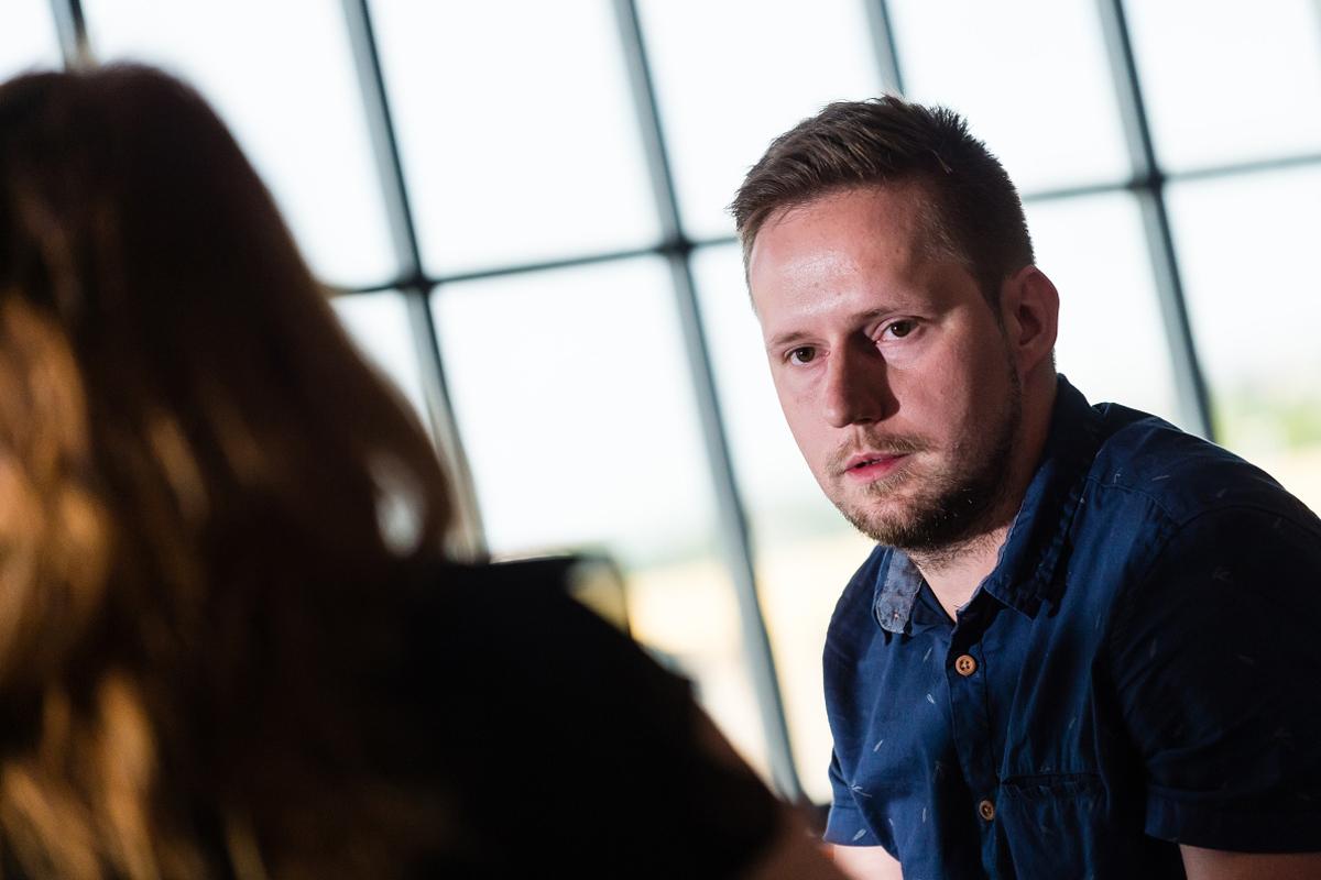 Michal Sajko, specialista na výkonnostní marketing agentury Fragile media. Foto: Vojta Herout