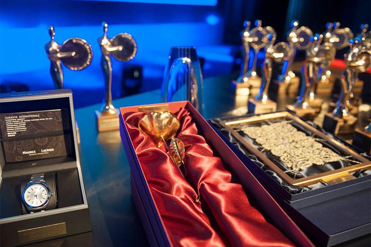 Trofeje, které se vozí ze Slovinska
