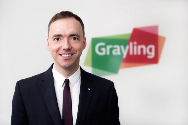 Divizi PR v Graylingu vede Malysa