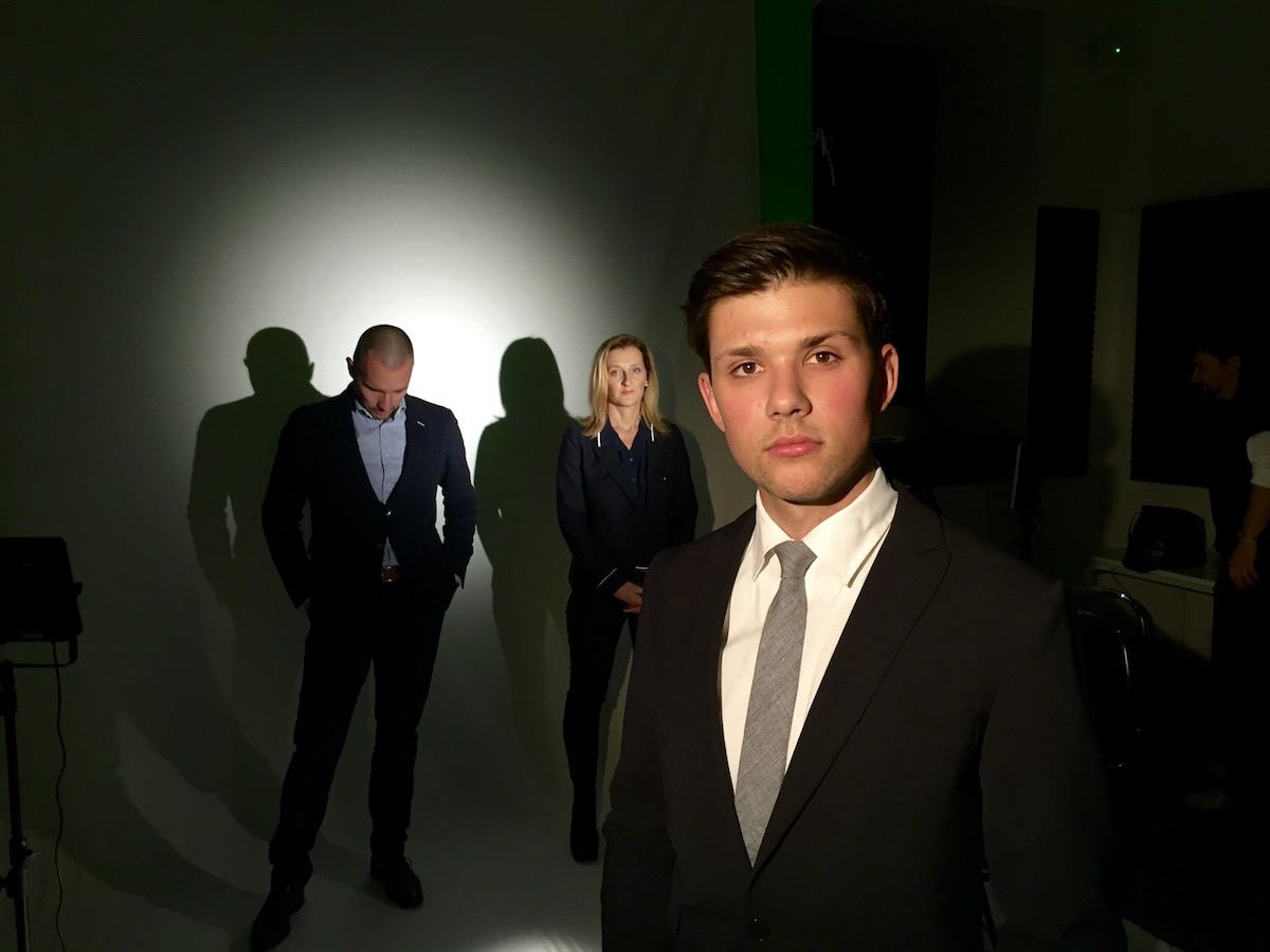 Filip Horký, v pozadí Martin Veselovský a Daniela Drtinová. Foto: Economia