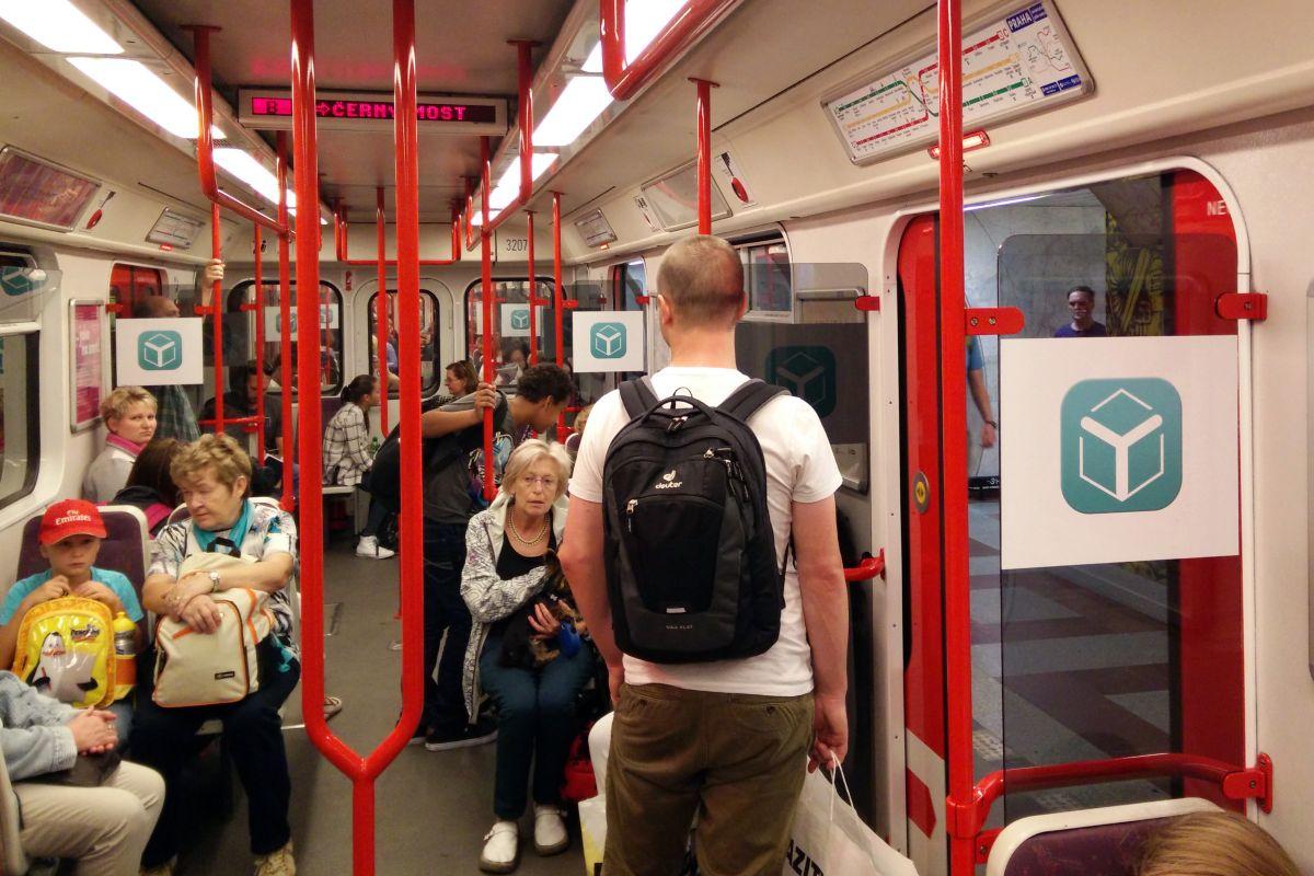 Kampaň Yemoboxu se rozběhla mimo jiné v pražském metru