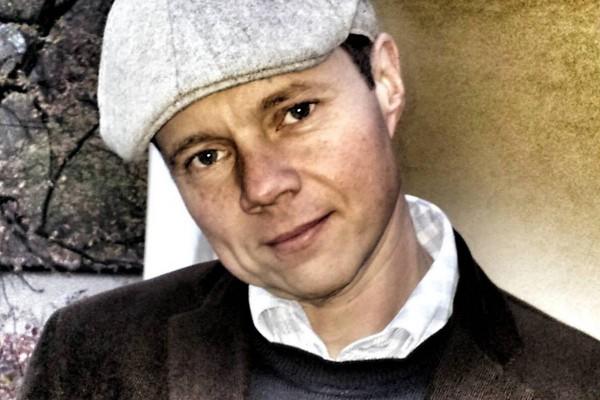 Taktiq přetáhl Ewingu Alexe Röhricha